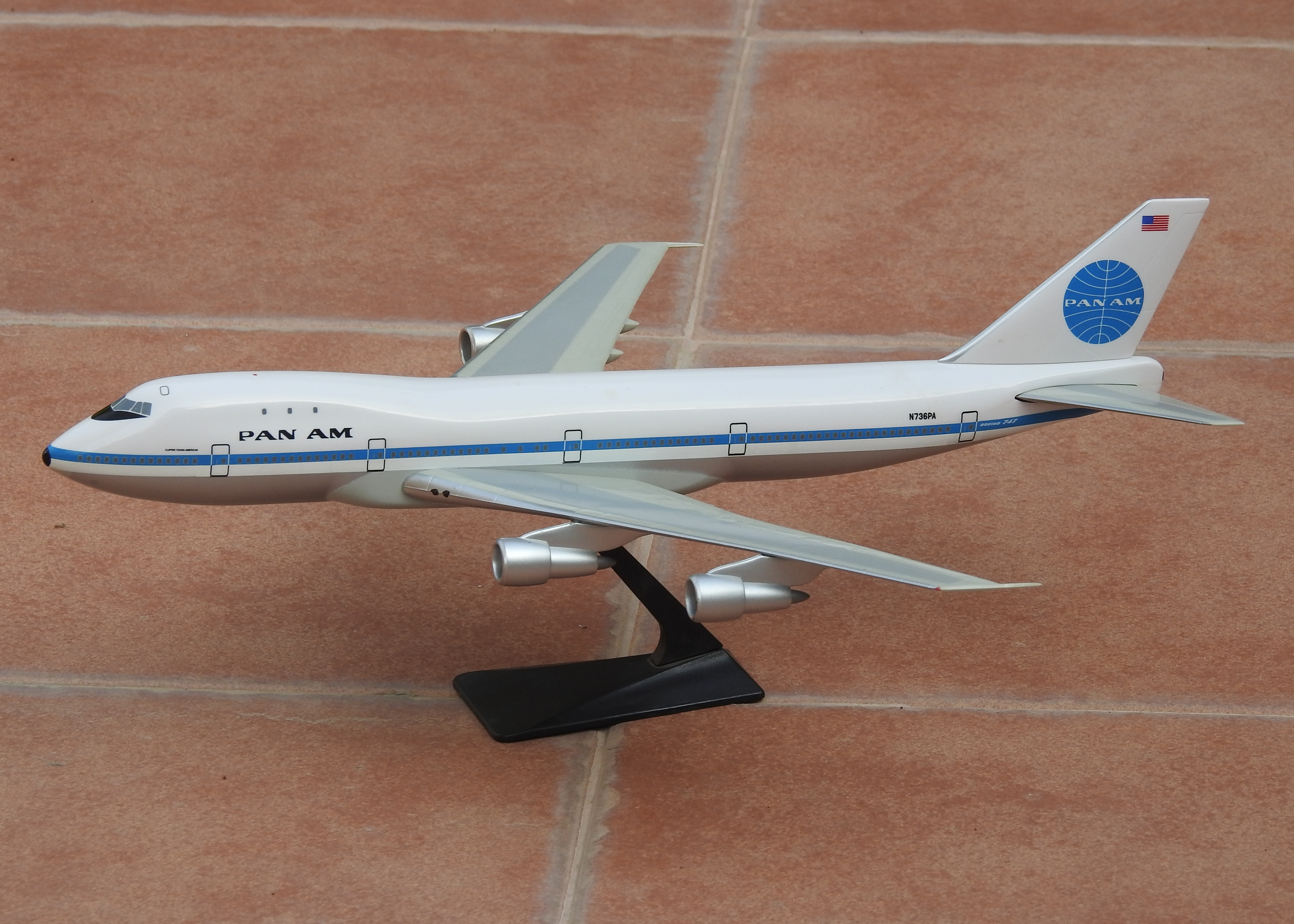 1:200 Pan Am B747-100