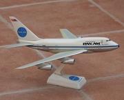 1:200 Pan Am B747SP