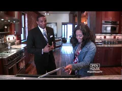 """Celebrity Realtor Jay Morrison takes out The Breakfast Club's Angela Yee on """"Open House NYC"""" Part 2"""