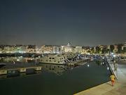 Νυχτερινή βόλτα στο Πασαλιμάνι