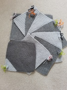 Shades of Grey CoM