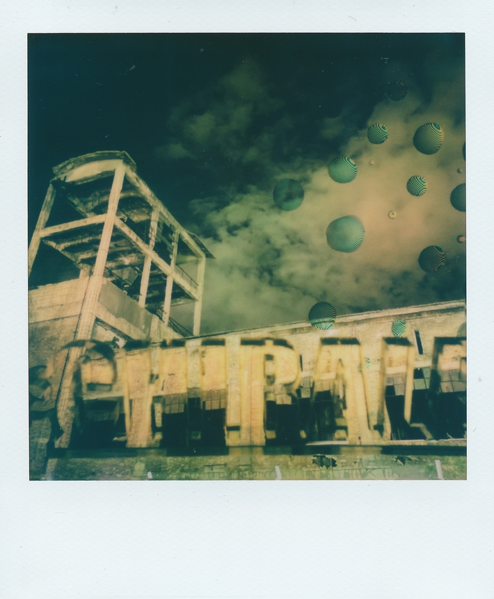 pixel art in polaroid - chirale