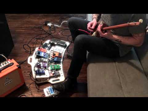 Diddley Bow + Pedalboard