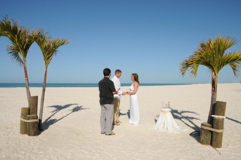 simple-beach-wedding-florida-photo