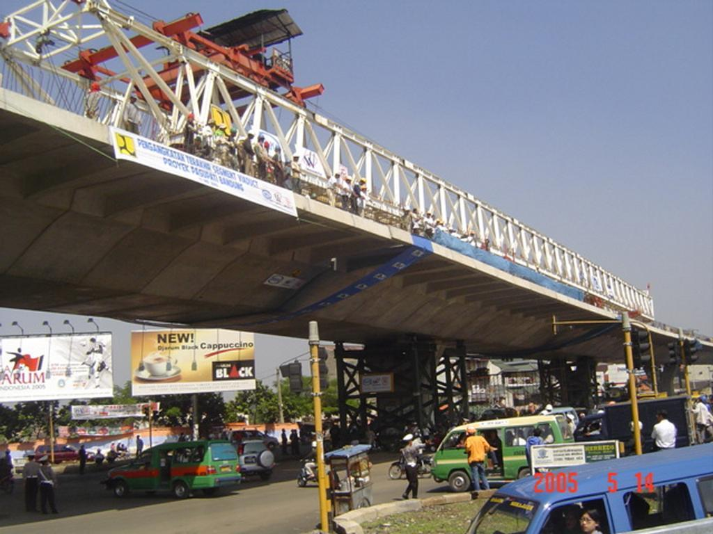 The last Segment of Elevated Road, under erection