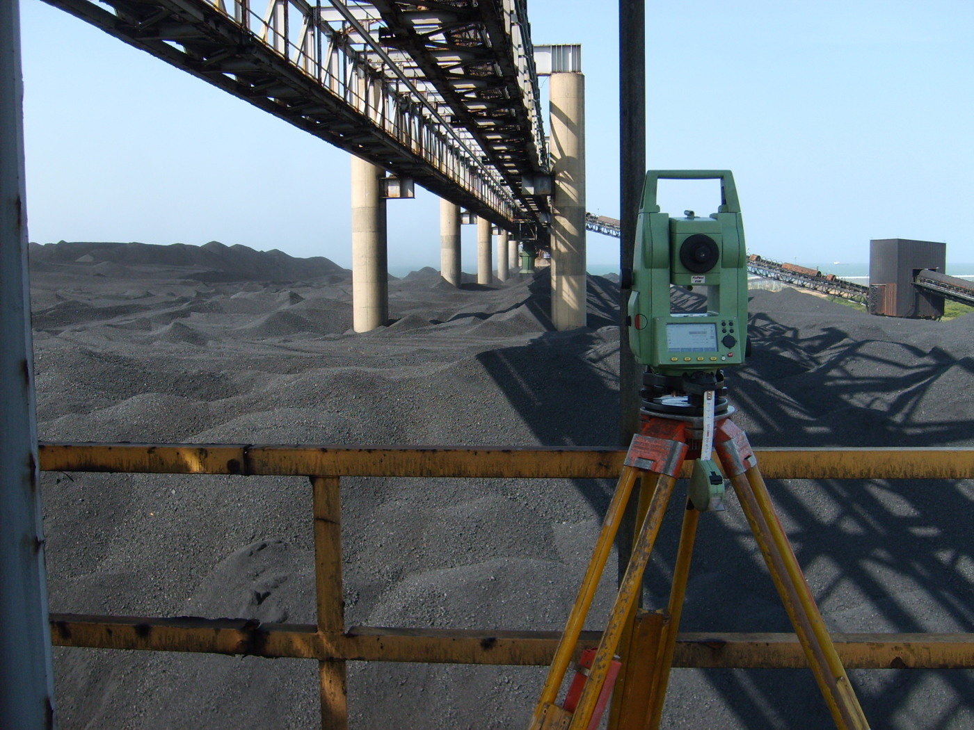 Measurement with Total Station Leica, Coke Petroleum.