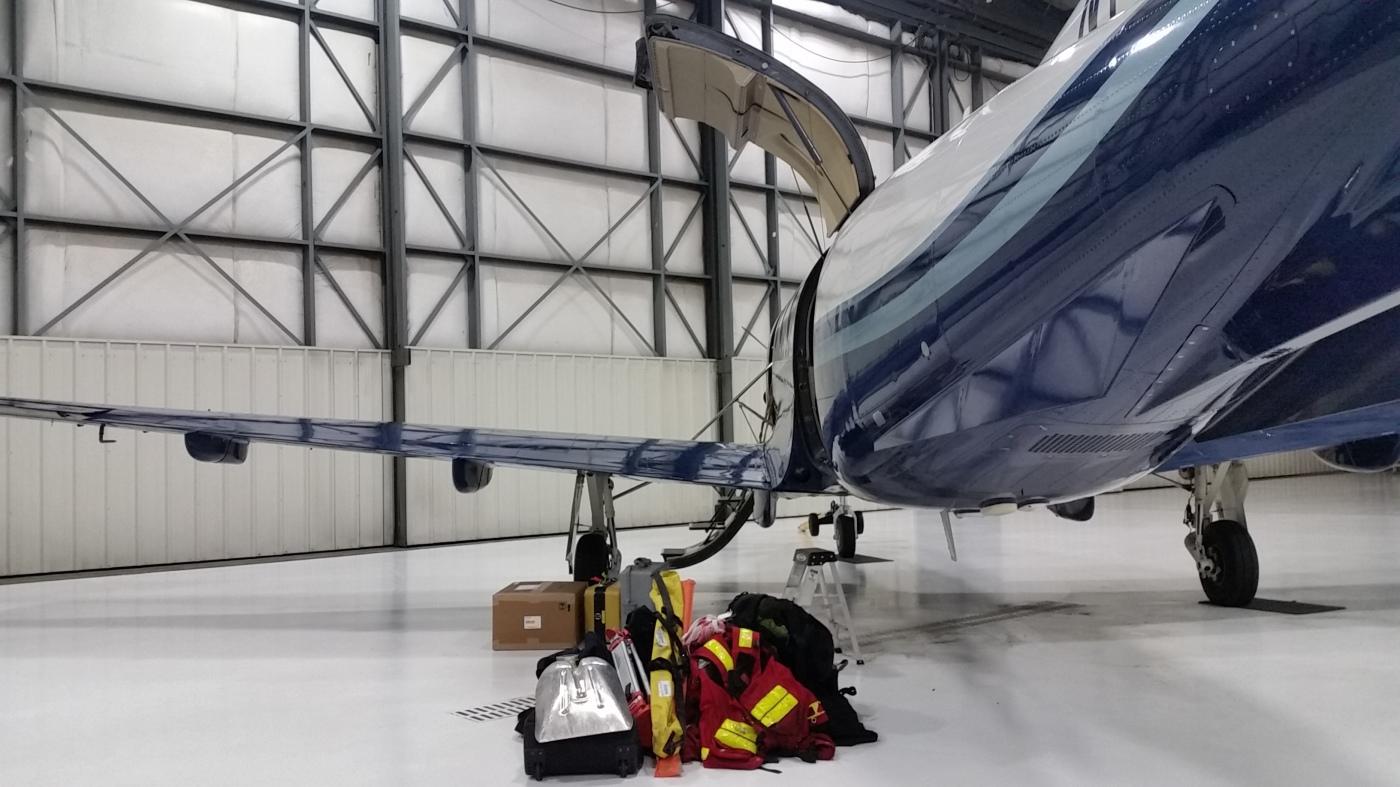 Loading Platus Aircraft