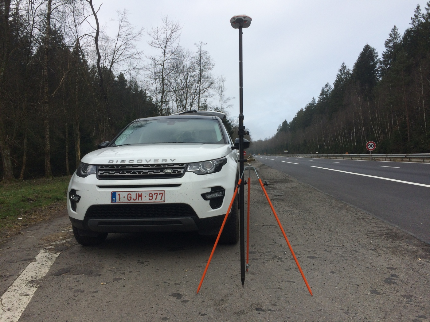 LAND ROVER AND GNSS ROVER