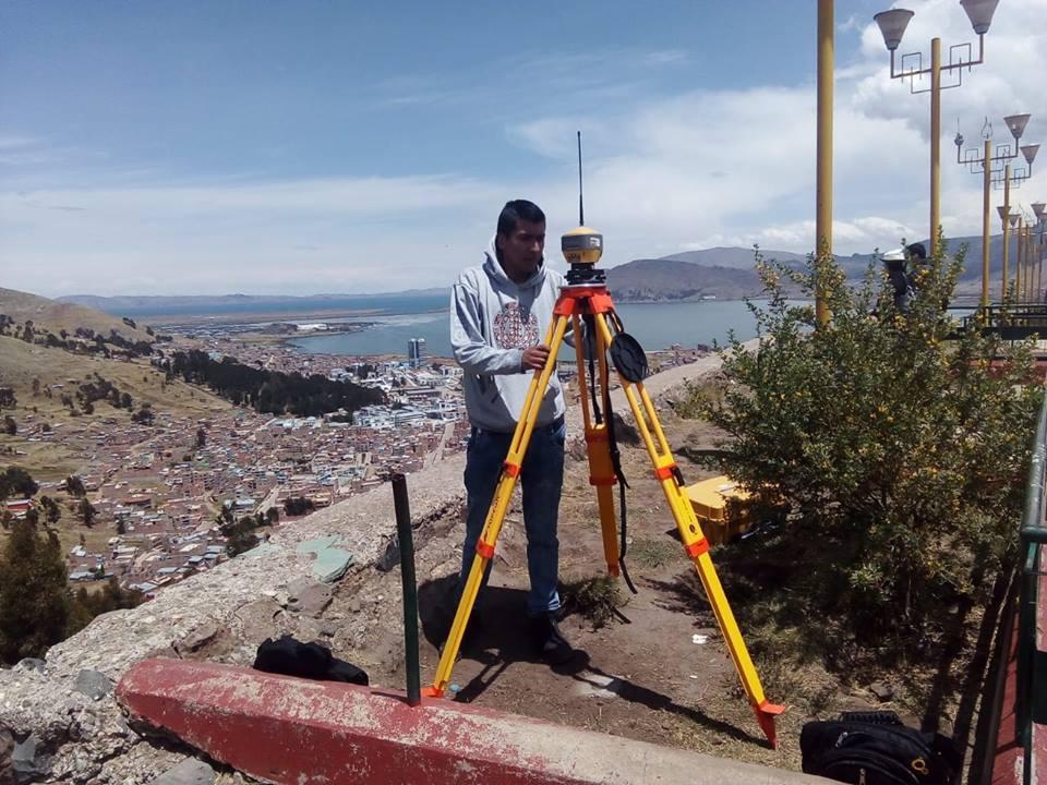 GNSS TOPCON HIPER HR (LAGO TITICACA - PERU )