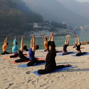 2 Weeks Yoga & Meditation Retreats in Shiva Tattva Yoga School Rishikesh India