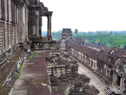 Angkor Wat Temple 04 800x600