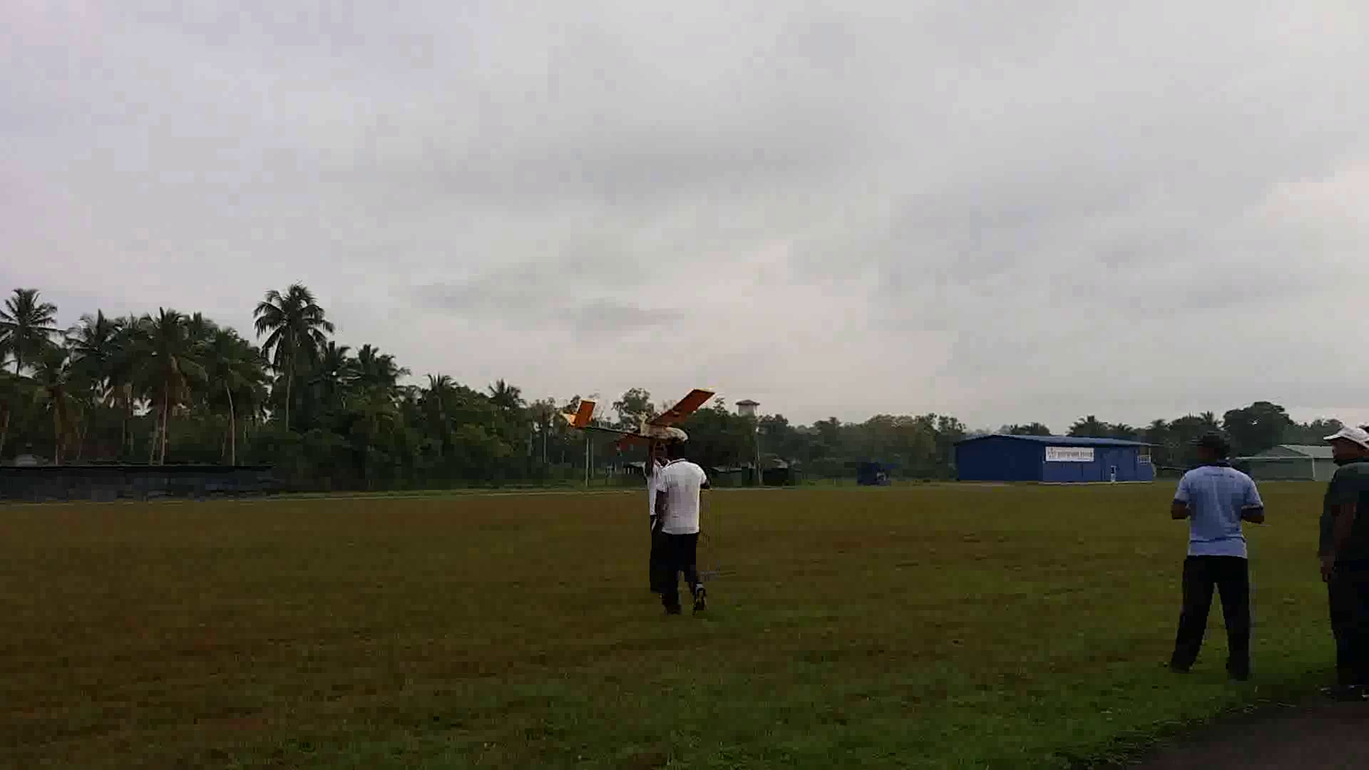 Hand Launched V-tail UAV
