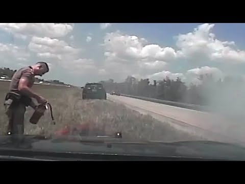LiveLeak - Florida Highway Patrol Pursuit Hits 142 MPH, Cruiser Catches Fire