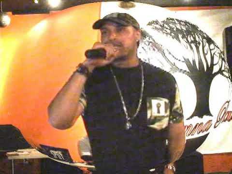 A Thugga Goes Hard in the Club   BlessTheMicTV Live @ Savannah Raes