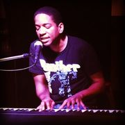 Randell Black Panther Pianist