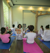 Hatha Yoga Teacher Training Courses in Rishikesh India