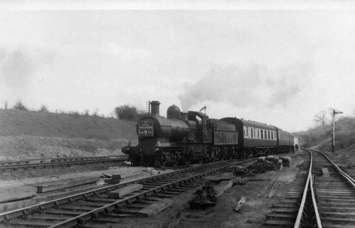 9015 at Fenny Compton on South Midlander Railtour