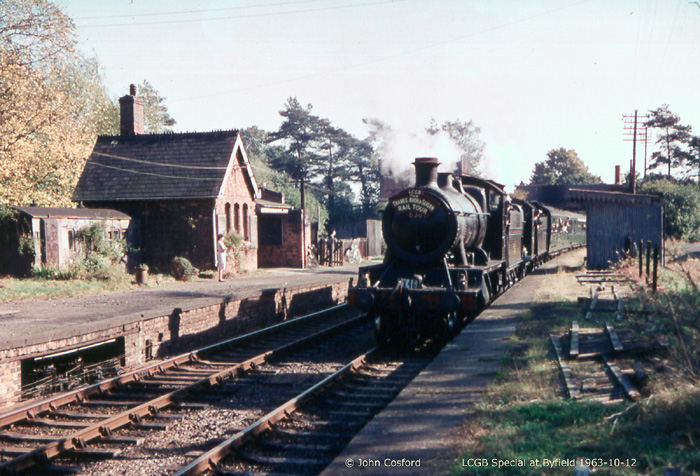 1963 LCGB Railtour with GWR 63xx and 22xx at Byfield  (John Cosford)