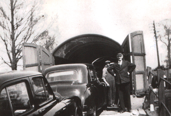 Loading Rootes cars at Towcester Station (Eric Pickles Collection)