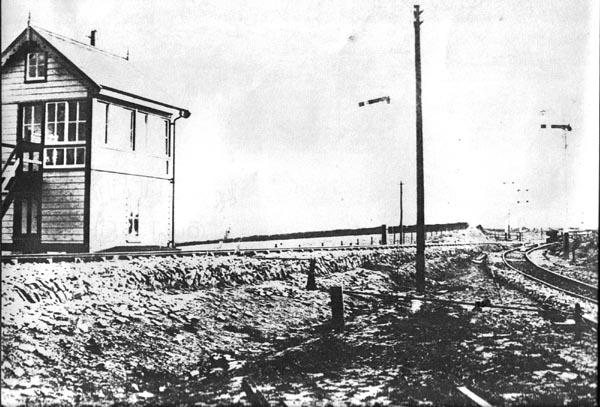 Roade curve signal box c1890