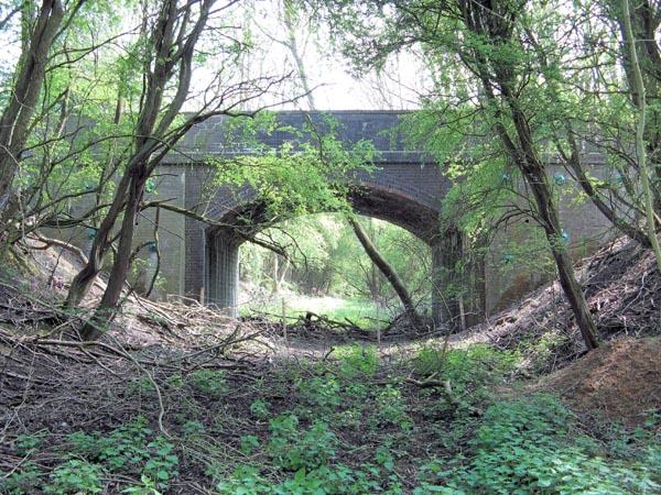 SMJ bridge 38 Woodford Eydon road looking towards Morton Pinkney