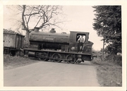 35.12 May 30 No 3 Avonside crosses Byfield to Upper Boddington road from quarry towards SMJ