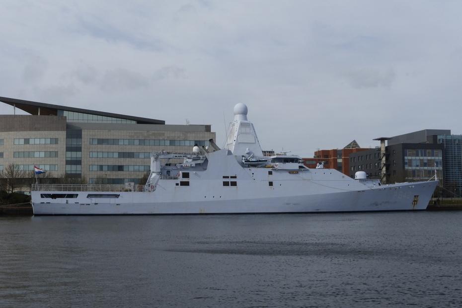 HNLMS  FRIESLAND   (P842)