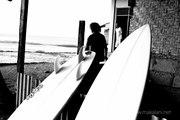 Waiting to be surfed, Nias