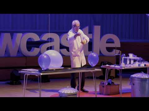 25 Chemistry Experiments in 15 Minutes | Andrew Szydlo | TEDxNewcastle
