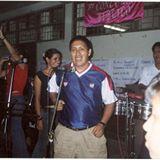 Cantando en el CNI