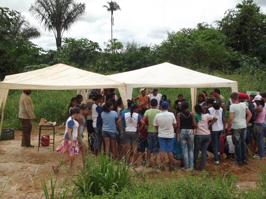 Exposição Oficina UHE Teles Pires na Escola Municipal Maria Quitéria em Paranaíta/MT.