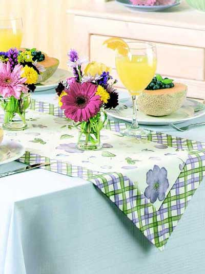 Free Country Garden Table Runner ePattern