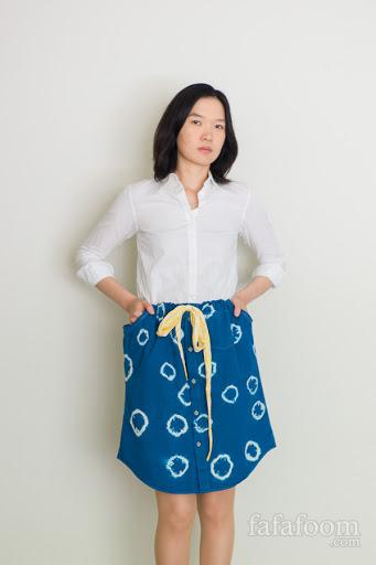 Shibori Dye Skirt from Men's Shirt - Refashion Tutorial