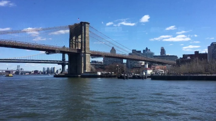 My New York Tour 2 - The Brooklyn Bridge.