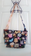 Quilted Spring Cross-body Purse - Stippling