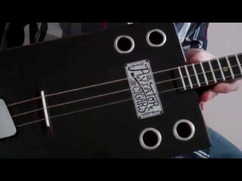 - 3 String Guitar Natural Recording Acoustic Test -
