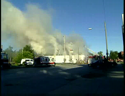 WSBT-TV  RAW VIDEO South Bend Firefighters injured at Lincolnway Foods fire