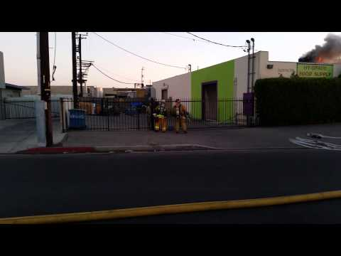 North Hollywood (CA) Structure Fire