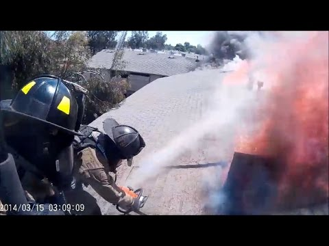 Fresno (CA) Fire's Truck 9 Crew Performs Vertical Venilation