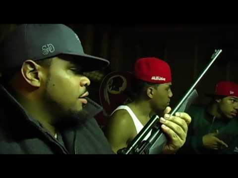 Drama Squad - Ready 4 War (ft. Hugg E. Bear)