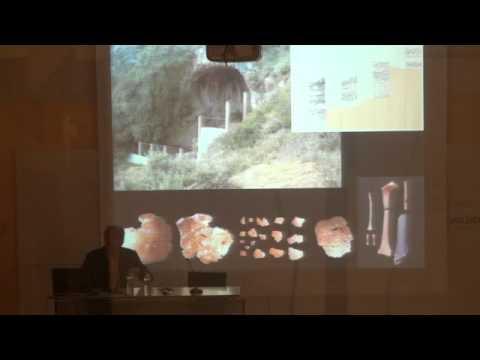 Juan Luis Arsuaga. El Collar del Neandertal