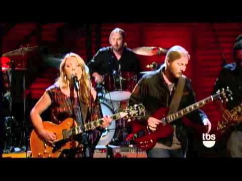 Tedeschi Trucks Band - Learn How To Love 7-19-2011