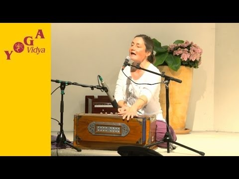 Mantra Chanting: OM with Katyayani