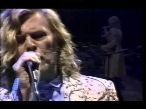 David Bowie - Wild Is The Wind live Glastonbury 2000 (audio upgrade)