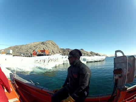 Treks To Antarctica For Dive