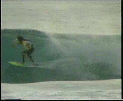 beachbreak barrel