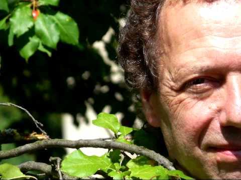 Jacques Mayoud : Ecoute plus loin