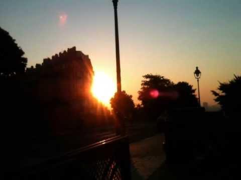 5:55 Paris. Mon rendez-vous avec le soleil.