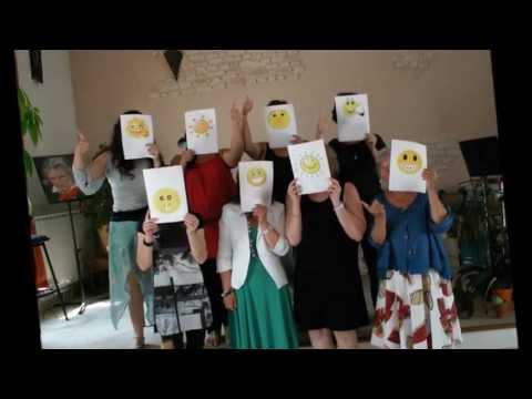 Atelier du bonheur sur Aubagne 27 06 13 (montage photos + témoignages vidéos)