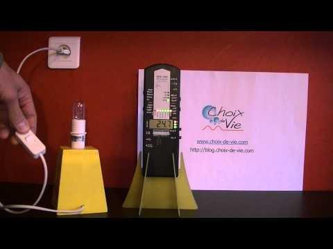 Mesures du champ électrique d'une lampe de chevet blindée et non blindée par Jean-Pierre Scherrer